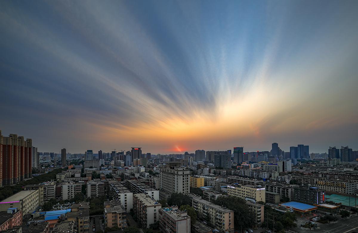 jiaowei0168作品:云动