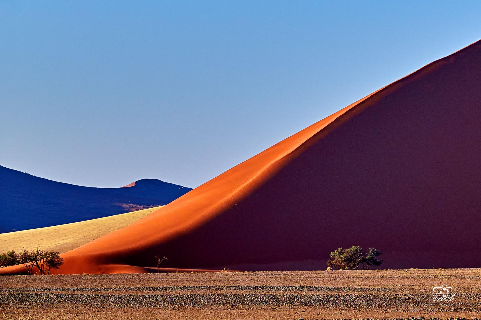 enct作品:纳米比亚红沙漠
