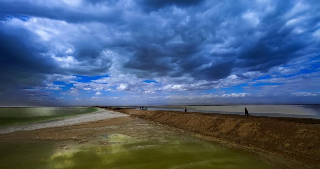 盛世太平2作品:察尔汗盐湖