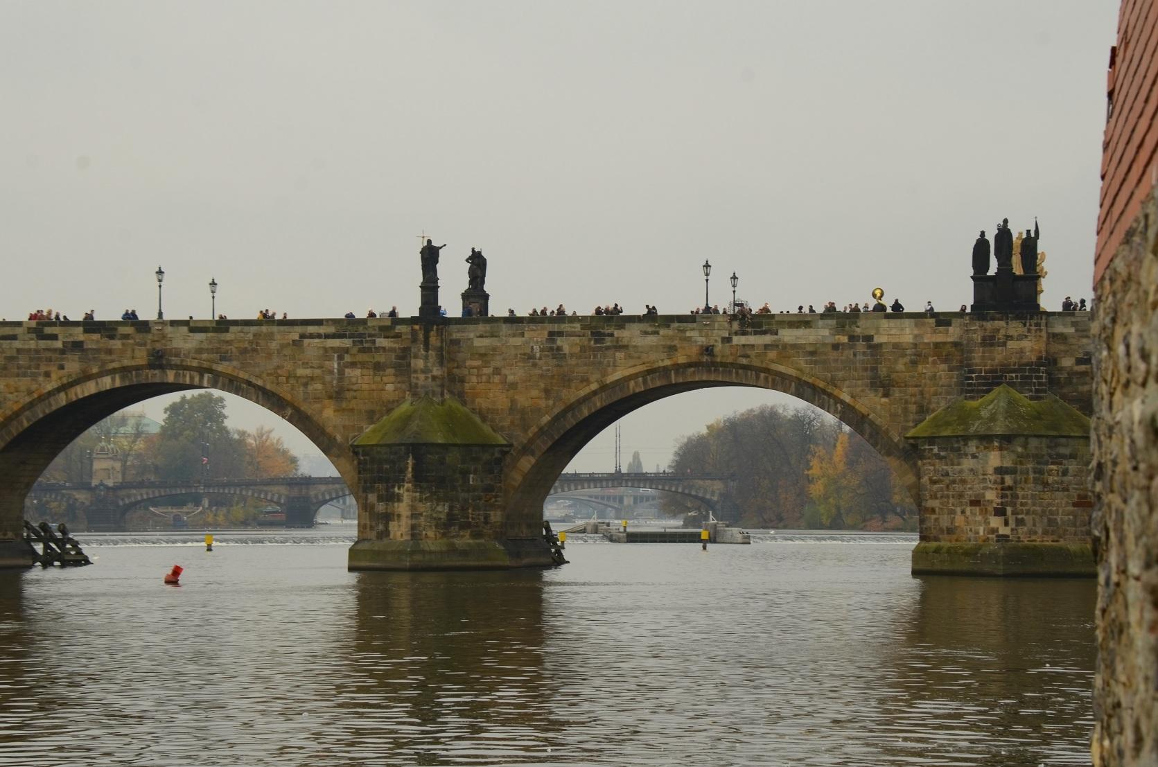 蓝桥摄影作品:桥