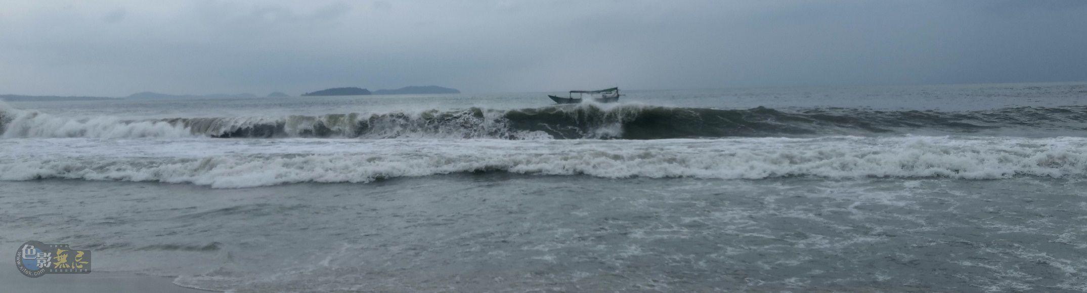 欧阳川作品:小船即将沉没-组图