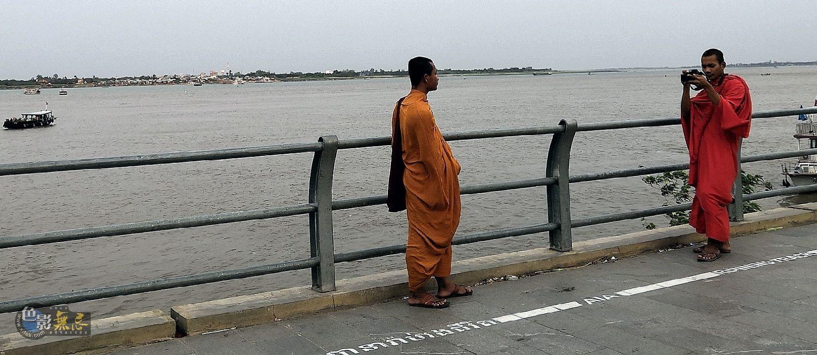 欧阳川作品:湄公河畔--组图