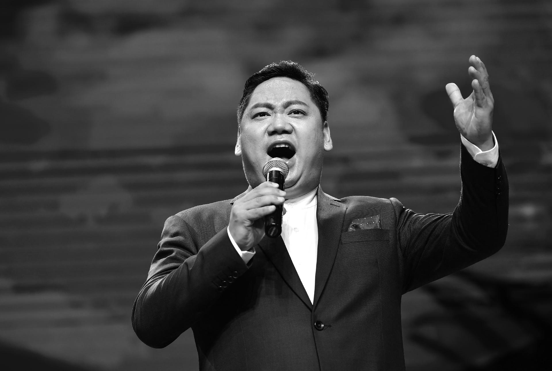阿番作品:男高音歌唱家