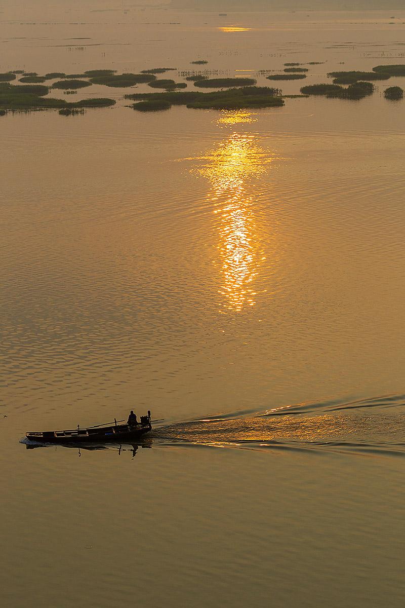 钟乳石作品:鄱阳湖日出