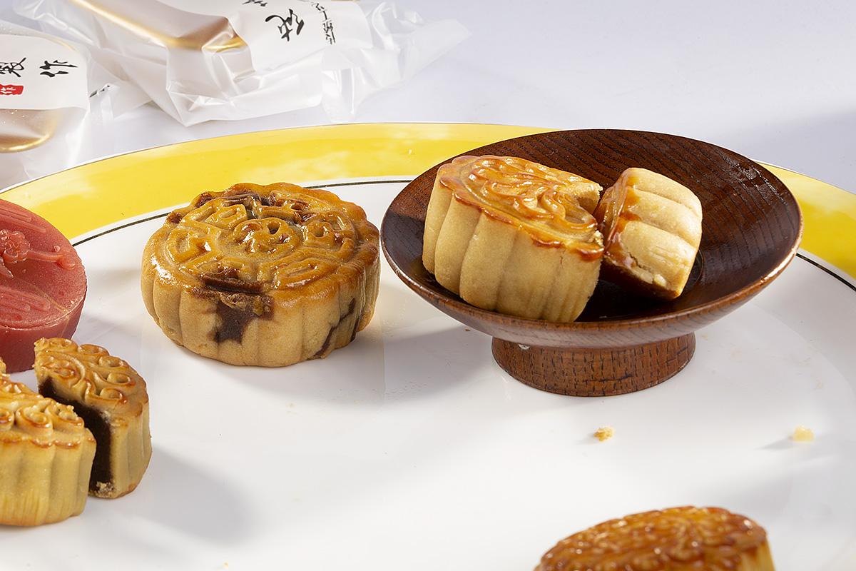 钟乳石作品:月饼