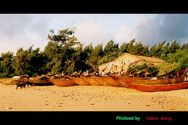 jameswang17作品:早晨的渔船
