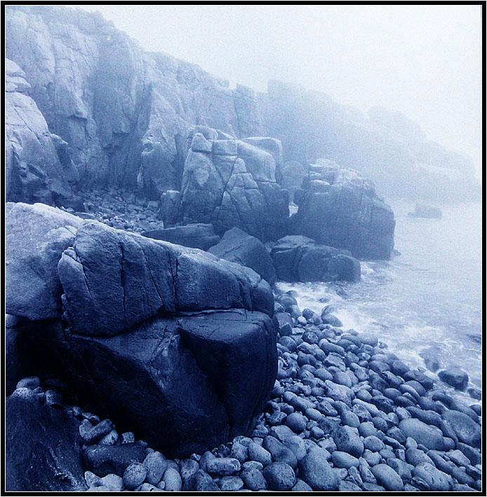 乡间浪人作品:海边的礁石2