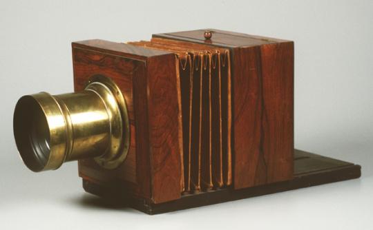 Daguerreotype Camera – 1839